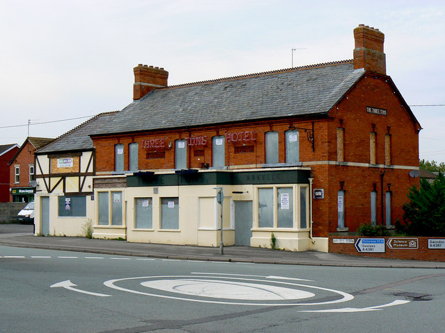 The Three Tuns Pub in Wroughton
